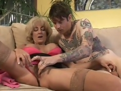 Mature Lexi Carrington gets finger fucked by inked up guy