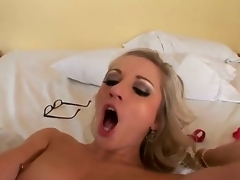 Jordan Ash gives playful Kylee Reeses face hole a try in oral action